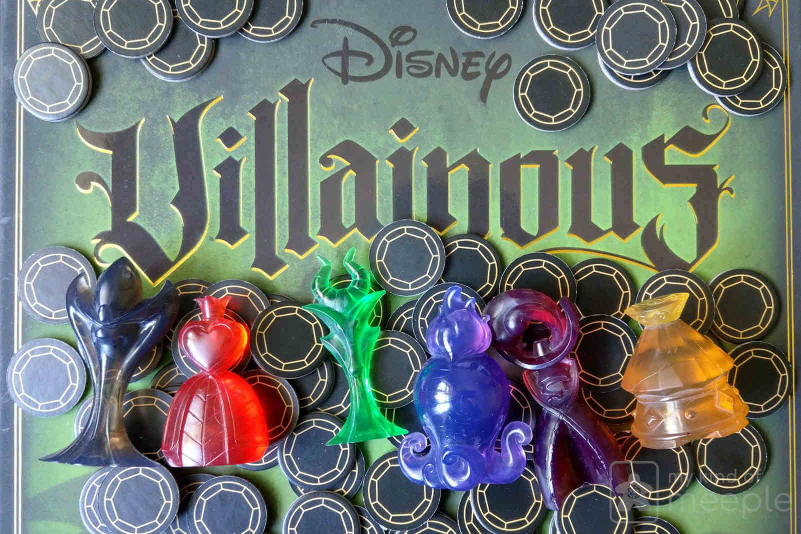 Disney Villainous minis tokens on box