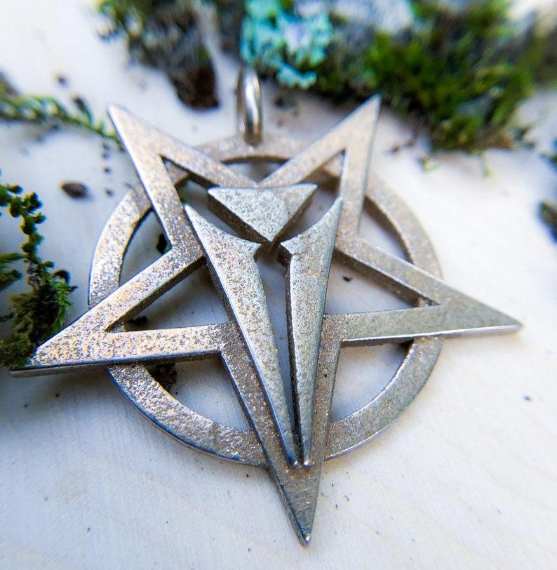 Talisman of Asmodeus. Image credit: Grog's Emporium on Etsy.